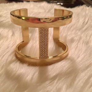NWT INC gold cuff style bangle